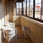 casa-rural-fuente-el-fresno-terraza-detalle